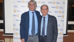 Il prof. D'Errico al Rotary per parlare di vaccini, tra fake news e riscontri scientifici.