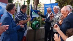 Il Rotary mette a disposizione della città 13 nuovi defibrillatori che si aggiungono ai 5 dello scorso anno.
